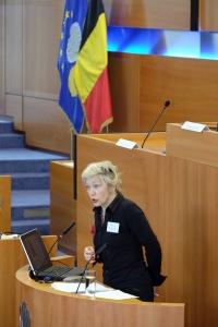 L'historienne Sophie de Schaepdrijver au Parlement bruxellois le 8 mars 2016